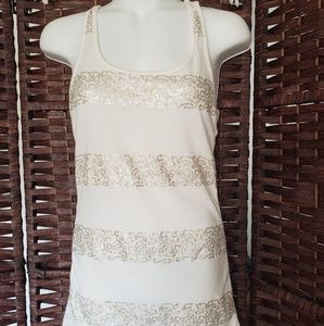 Old Navy Tank top color white